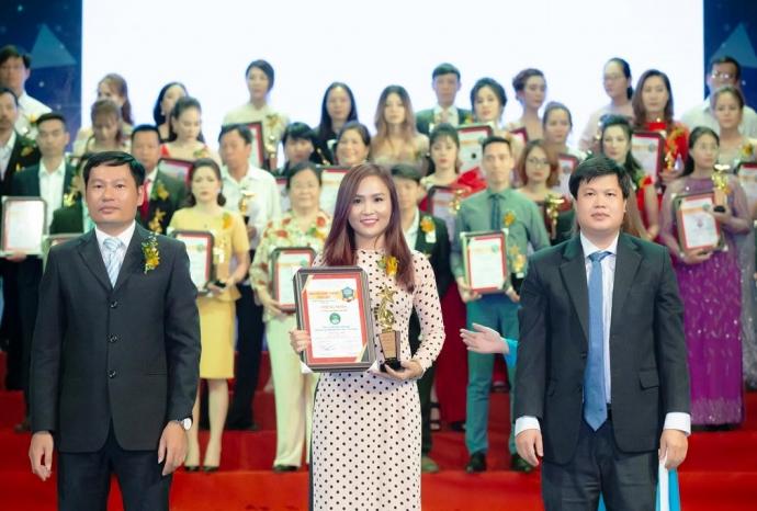 Đồng Xanh Farm nhận danh hiệu Thương hiệu mạnh Đất Việt 2019